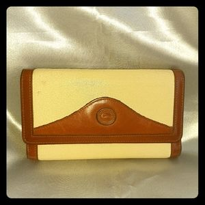 Dooney and Bourke Ivory Wallet trifold